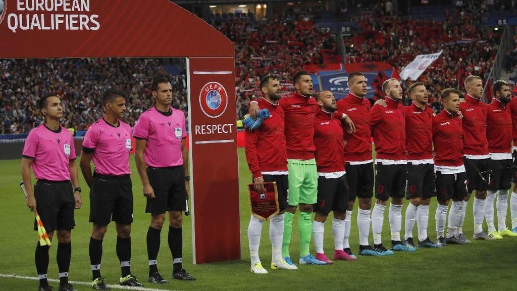 Video Prancis Salah Setel lagu Kebangsaan Albania