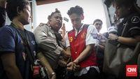 Aktor Jefri Nichol ditangkap polisi dan harus menjadi terdakwa karena mengonsumsi ganja