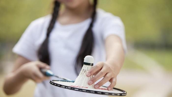 Bulutangkis atau badminton bisa jadi olahraga yang bermanfaat bagi otak. (Foto: iStock)