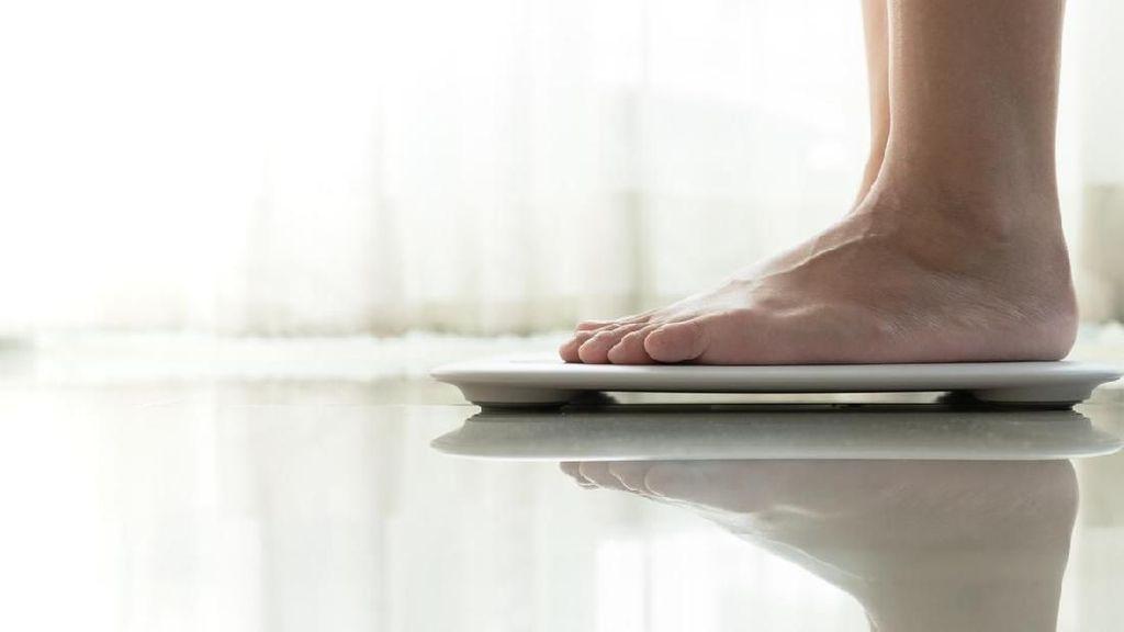Sering Menunda Makan di Akhir Pekan? Waspadai Kenaikan Berat Badan