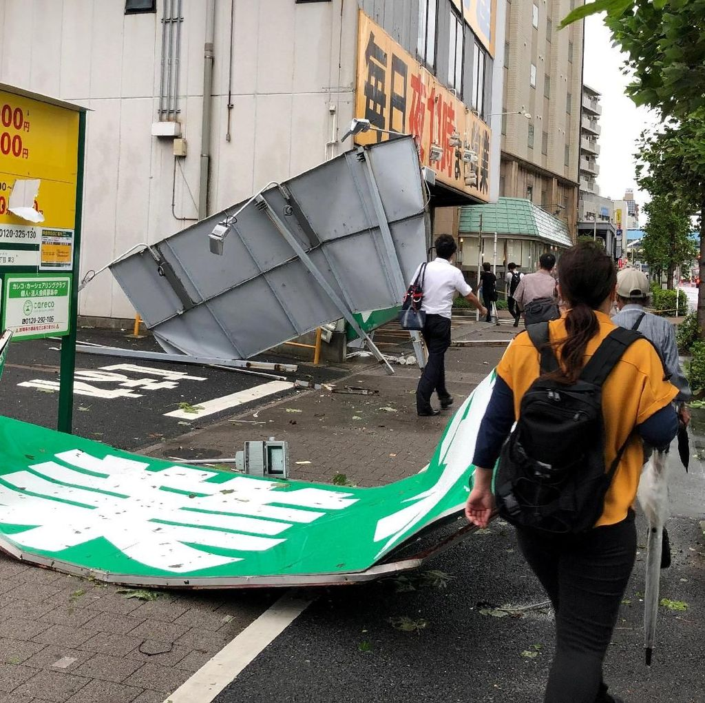 Nyaris 80.000 Rumah Masih Tanpa Listrik di Jepang Sepekan Usai Topan Faxai