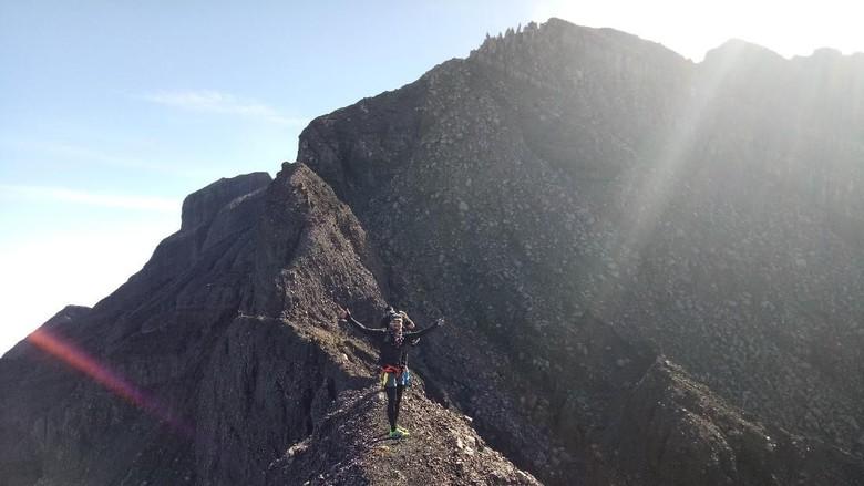 Puncak Gunung Raung di Banyuwangi (istimewa)