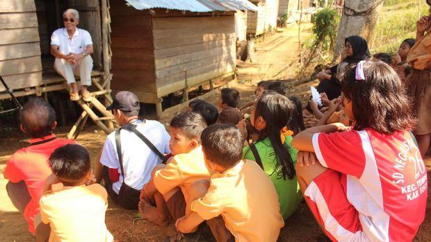 Dana Desa Dukung Guru Tingkatkan Pendidikan di Pelosok Kalimantan