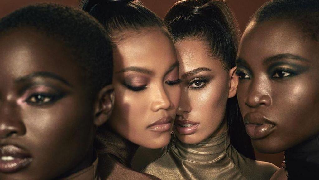 Foto: Model Indonesia Laras Sekar Eksis di Iklan Kosmetik Kim Kardashian