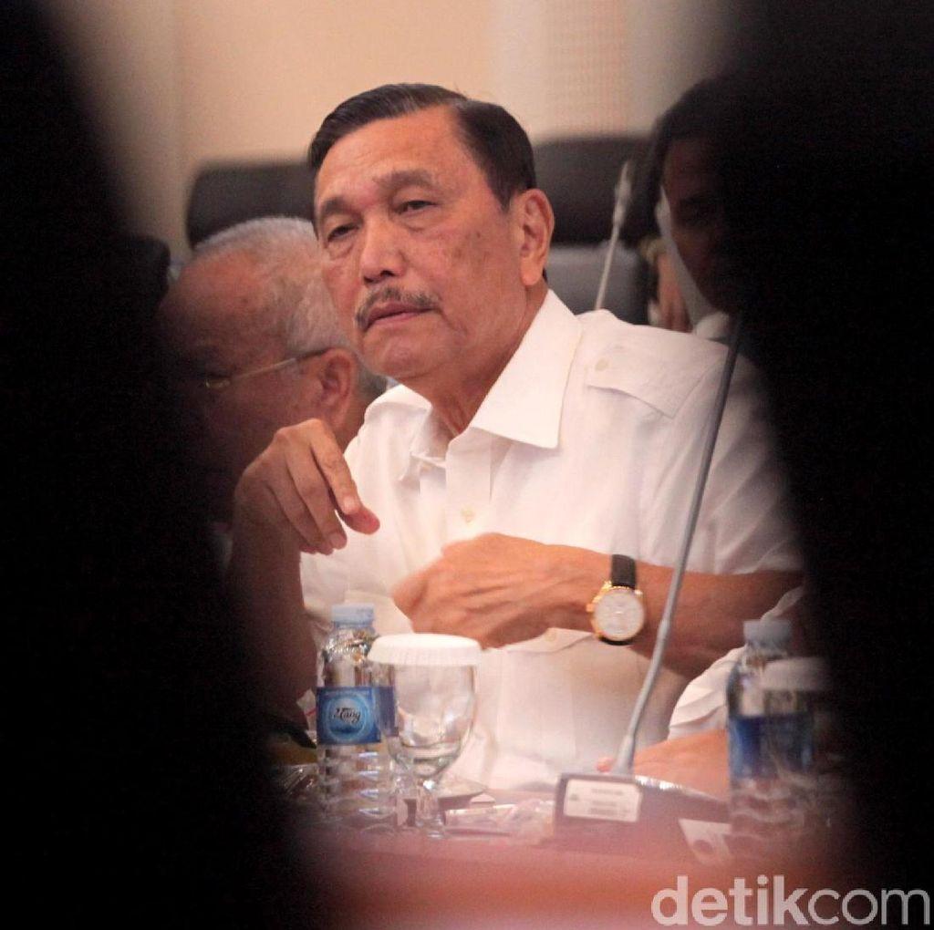 Luhut Binsar Penuhi Panggilan Jokowi di Istana