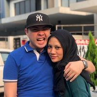 Ninie dan Azmie, pasutri yang pertama kali bertemu di kelab malam