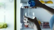 Mana yang Lebih Sehat, Air Dingin Atau Air Hangat? Ini 7 Faktanya
