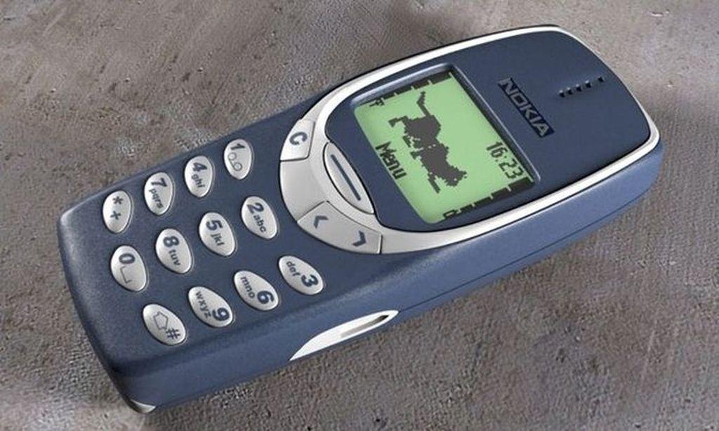Nokia 3310 terjual ratusan juta unit dan sangat legendaris, sering jadi bintang meme karena ketangguhannya. Bahkan ada versi barunya, Nokia 3310 reborn. Foto: Istimewa