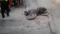 Motor Terbakar di Jalan S Parman Jakarta Barat