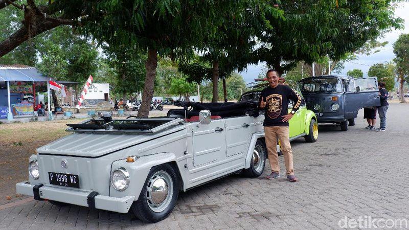 Selalu ada yang baru dan menarik di Banyuwangi. Seperti, kamu bisa keliling destinasi wisata di sana naik mobil tua klasik nan unik. (Ardian Fanani/detikTravel)