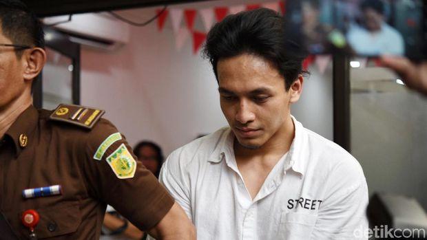 Jefri Nichol saat ditemui di Pengadilan Negeri Jakarta Selatan.
