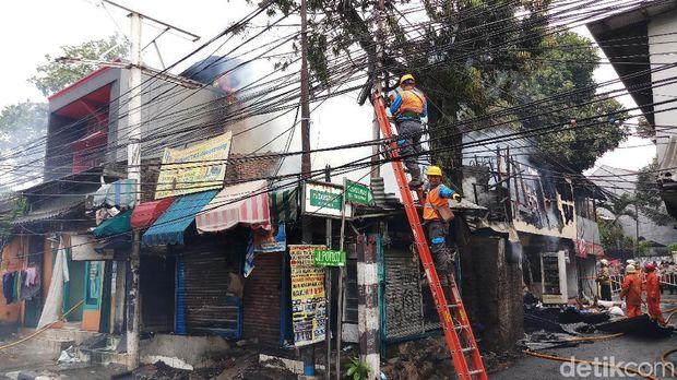 Kebakaran rumah di Potlot, Duren Tiga, Jaksel, Senin (9/9/2019)