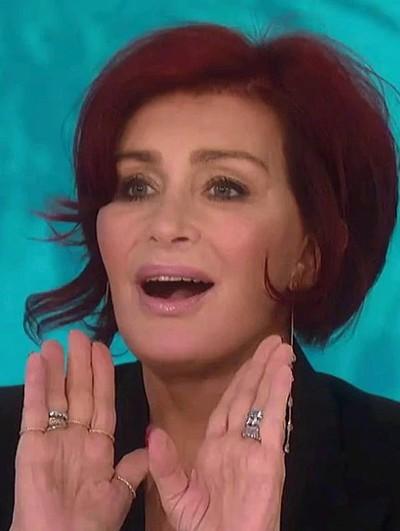 Penampilan Sharon Osbourne setelah empat kali operasi facelift. Foto: istimewa/CBS