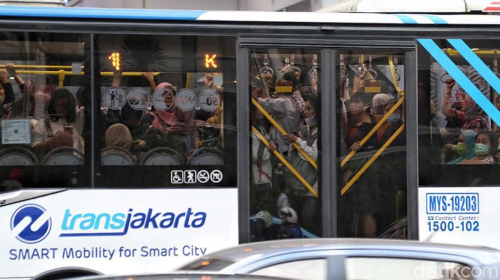 Catat! TransJakarta Rute Ini Tak Berhenti di JCC Senayan dan Slipi