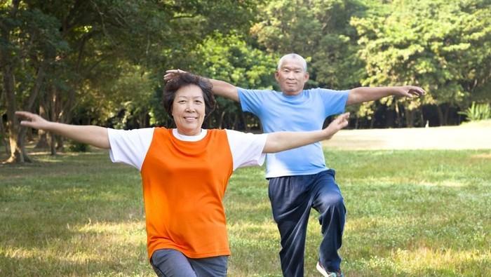 Hanya tiga dari sepuluh orang di Indonesia yang aktif meluangkan waktu berolahraga per minggunya (Foto: shutterstocks)
