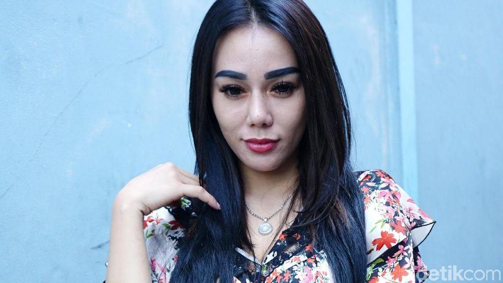 Niat Ngobrol di Hotel, Bebby Fey Malah Intim dengan YouTuber