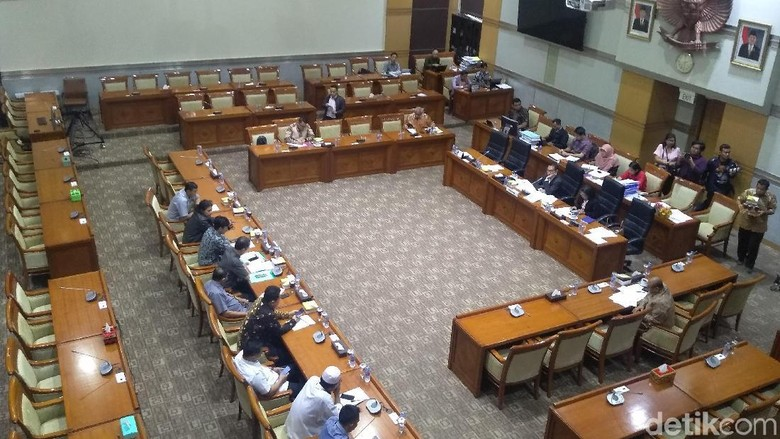 Hari Ini Komisi III akan Mulai Uji Kepatutan dan Kelayakan 5 Capim KPK