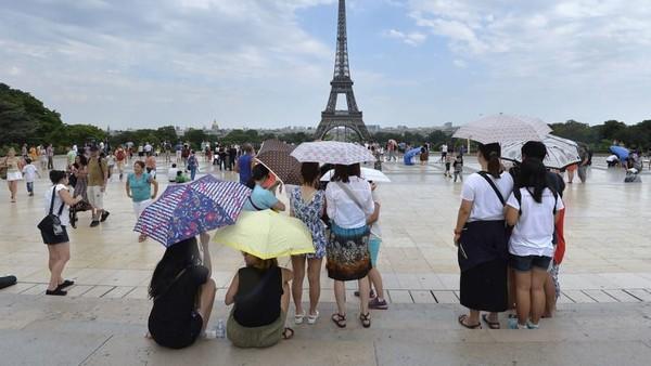 Di bawah San Fransisco ada Paris. Usia harapan hidup di Paris mencapai 81,8 tahun. Foto: (CNN)