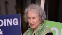 Nama Margaret Atwood Diprediksi Kuat Raih Nobel Sastra