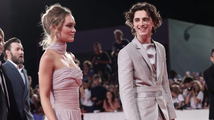 VENICE, ITALY - SEPTEMBER 02:  Lily-Rose Depp and Timothee Chalamet attend The King red carpet during the 76th Venice Film Festival at Sala Grande on September 02, 2019 in Venice, Italy. (Photo by Vittorio Zunino Celotto/Getty Images)