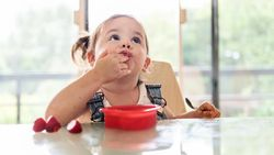 Yuk Mulai Hitung-hitung Kadar Kalori Camilan yang Baik Buat Anak!