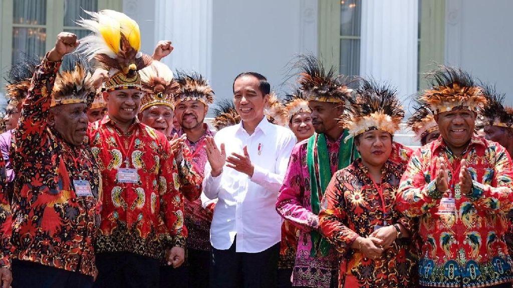 Pak Jokowi, Papua Lebih Butuh Sekolah Ketimbang Istana