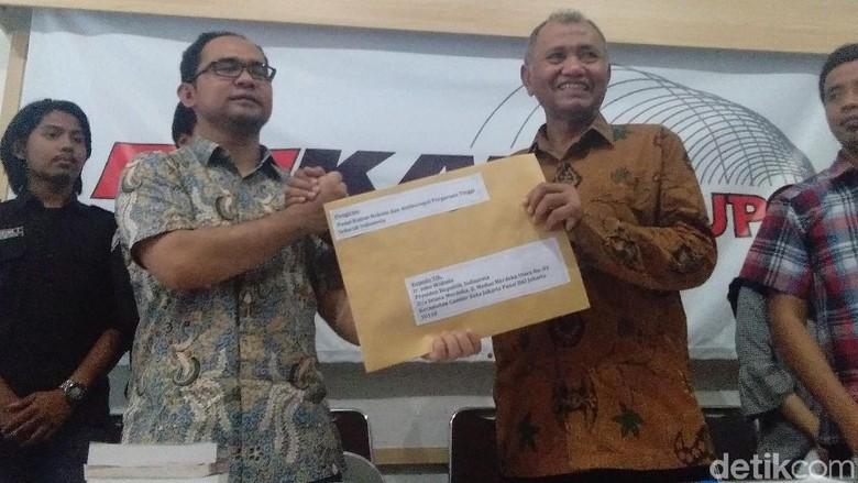 30 Pusat Kajian Antikorupsi se-Indonesia Tagih Janji Jokowi Kuatkan KPK