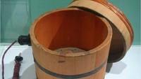 Produk awal Sony adalah rice cooker yang dibuat 1946. Begini penampakannya. Istimewa/Dok. Boredpanda.