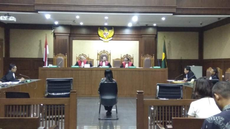 Hakim Tolak Eksepsi Indung Perantara di Kasus Suap Bowo Sidik