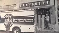 Toko pertama Starbucks di Seattle, Washington, yang dibuka 31 Maret 1971. Istimewa/Dok. Boredpanda.