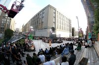 Suasana fashion show Coach koleksi Spring 2020 saat New York Fashion Week, Selasa (10/9/2019).
