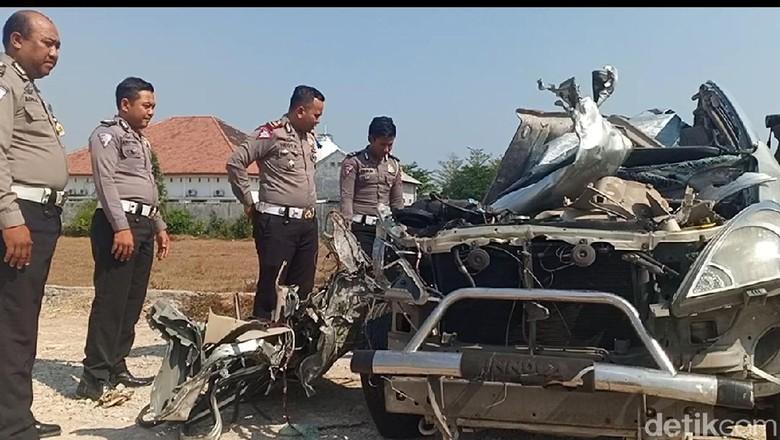 Pengemudi MPV Diduga Sebagai Tersangka Kecelakaan Maut di Nganjuk