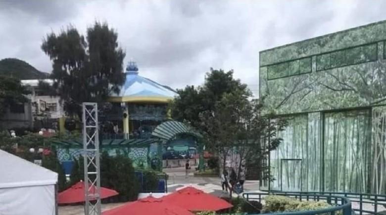 Disneyland HK pasca demo