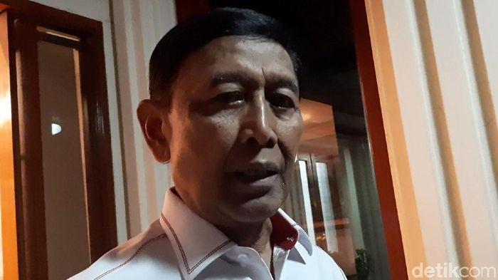 Ketua umum PP PBSI, Wiranto, menyikapi perselisihan PB Djarum dan KPAI. (Foto: Lisye/detikcom)