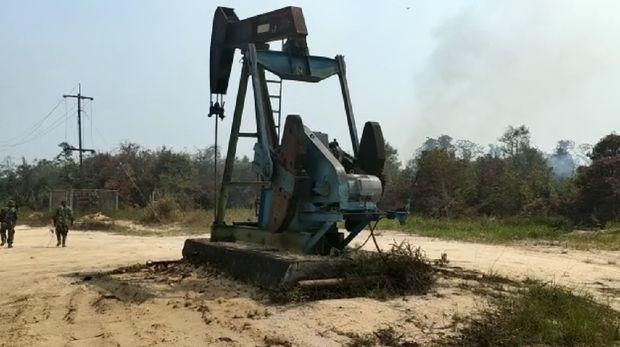 Sumur minyak ditemukan tak jauh dari sumber api karhutla di Riau