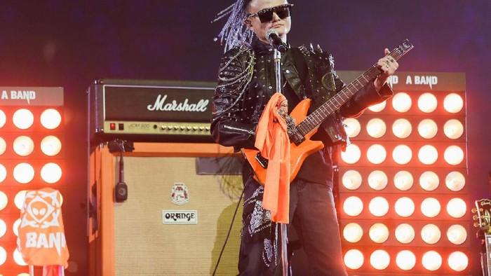 Jack Ma jadi bintang rock. Foto: Reuters