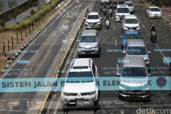 Sistem jalan berbayar atau electronic road pricing (ERP) di DKI Jakarta dibatalkan tahun ini. Yuk tengok lagi Jalan Rasuna Said yang akan menerapkan sistem ERP.