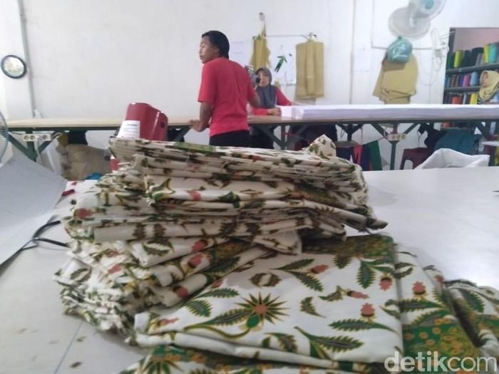 Kain seragam batik SMPN di Jombang/Foto: Enggran Eko Budianto