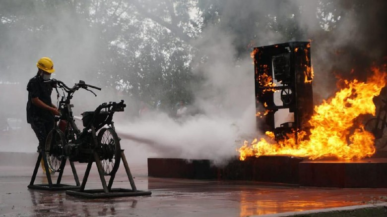 Simulasi Kebakaran di SPBU