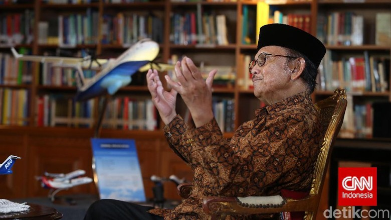 BJ Habibie Meninggal, Pj Walkot Makassar: Kita Kehilangan Bapak Teknologi