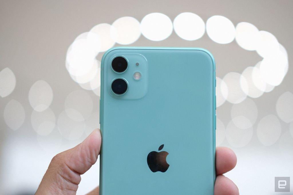 Green menjadi warna baru yang dihadirkan Apple. Foto: Chris Velazco/Engadget