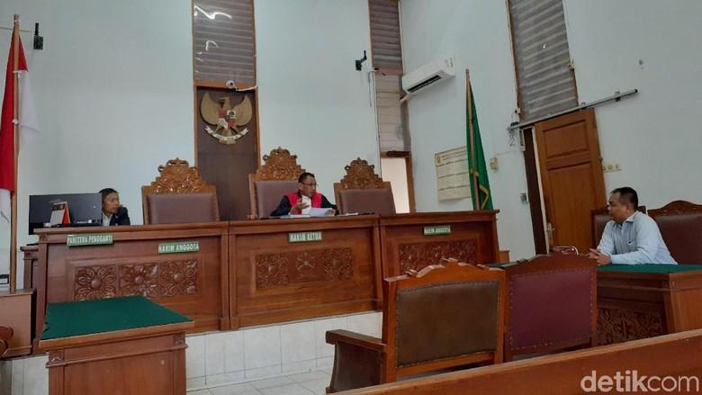 Hakim Kabulkan Permohonan Pencabutan 4 Gugatan Praperadilan Kivlan Zen