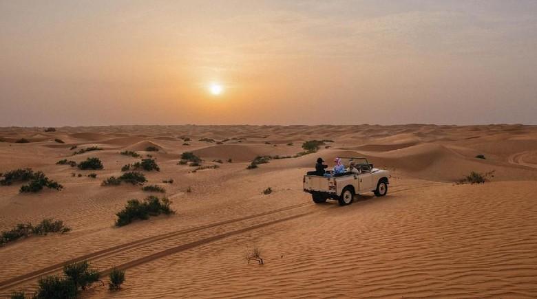 Wisata padang pasir di Dubai. (Foto: Dubai Tourism)