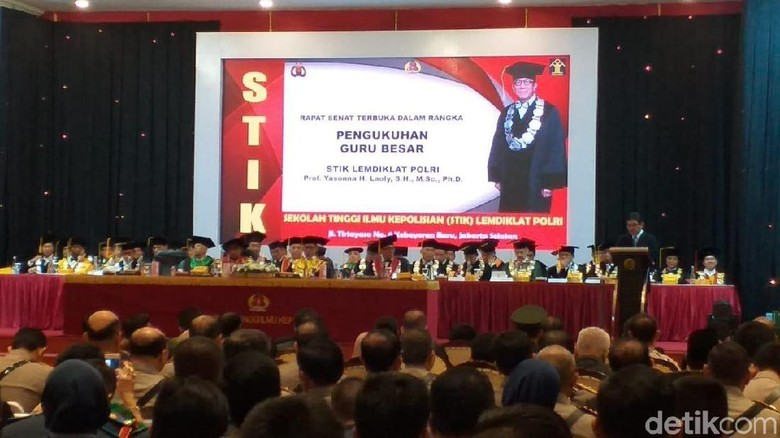 JK-Megawati Hadiri Sidang Pengukuhan Yasonna Laoly Jadi Guru Besar PTIK
