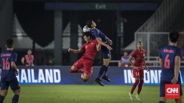 Timnas Indonesia saat menjamu Thailand pada kualifikasi Piala Dunia 2022 di SUGBK. (