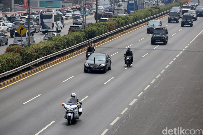 Rombongan Mobil Presiden dan Wakil Presiden