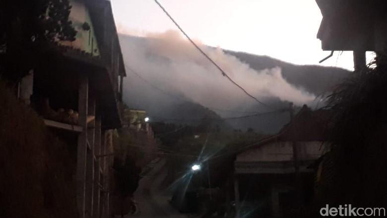 Hutan Lereng Gunung Merbabu di Magelang Kembali Terkobar Api