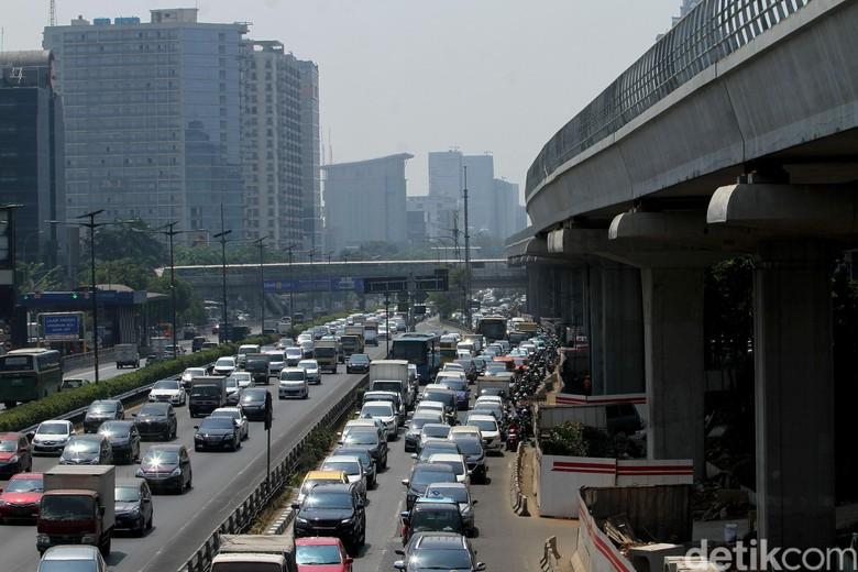Ilustrasi kemacetan Jakarta. Foto: Rifkianto Nugroho
