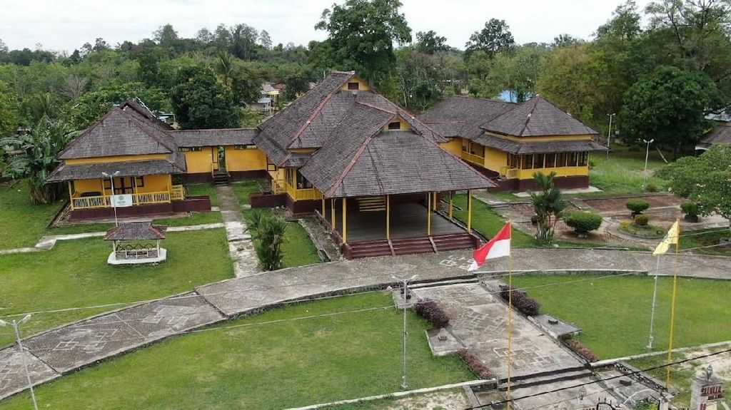 Menengok Peninggalan Kerajaan Sintang di Kalimantan Barat