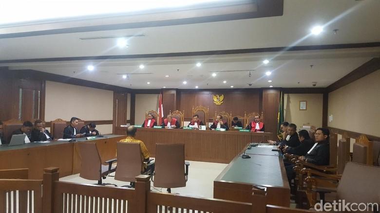 Suap Dana Hibah, Pejabat Kemenpora Divonis 4,5 Tahun Penjara